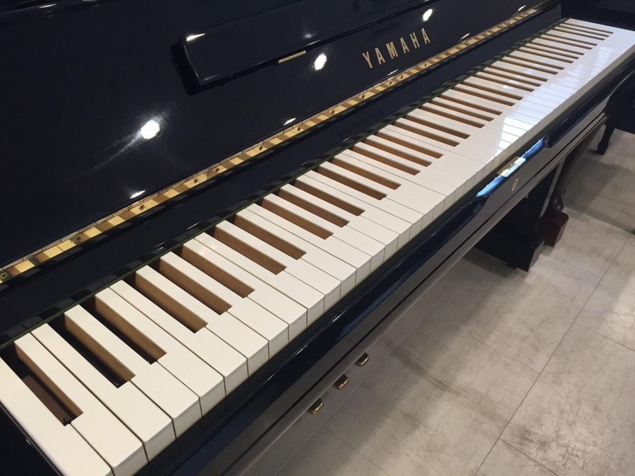 黒鍵が無いピアノ
